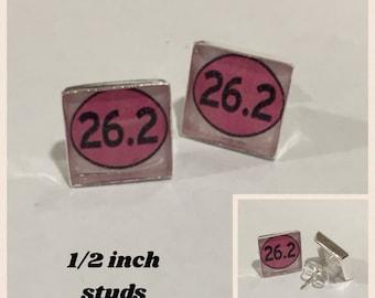 26.2 Stud Earrings