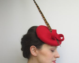 Red Ascot Races Hat - Red Fascinator Headpiece, Felt Hat, Ascot Hat, Derby Hat, Wedding Hat, Ladies Hat, Womens Hat, Perch Hat