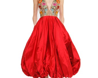 Taffeta dress with handmade embroidery