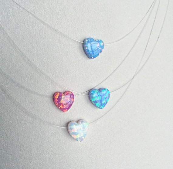 Lab Heart necklace with invisible tread