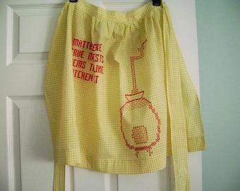 Vintage Gingham Apron, Retro Yellow Check Apron, Vintage Everyday Apron