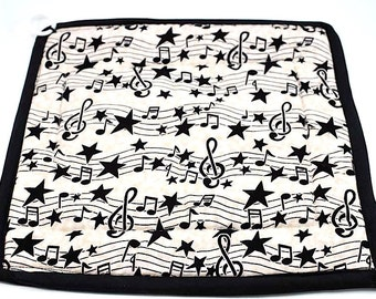 Vintage Large Black & White Musical Note Hot Pad with Apple Embroidery / Music Note Hot Pad Pot Holder/ Apple Embroidery Hot Pad/ Pot Holder