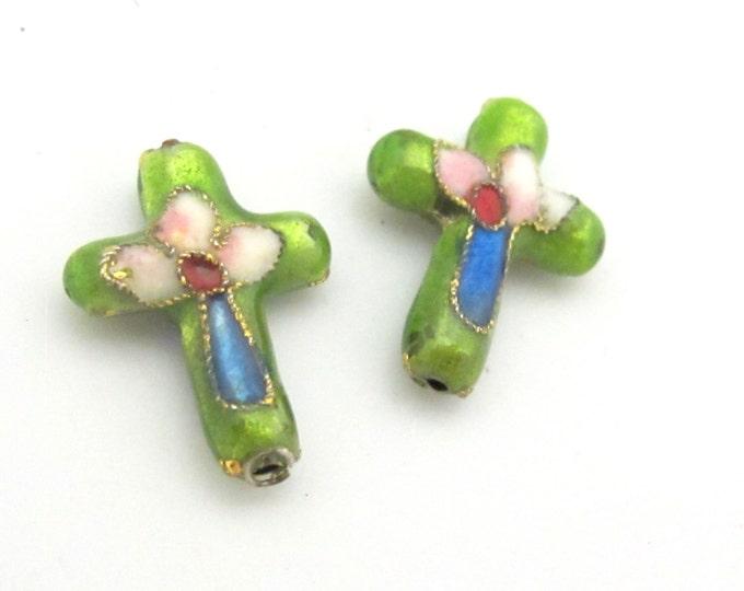 2 pieces - Green cloissone cross beads - BD175A