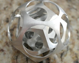Four Dodecahedrons in a Ball, the famous Turner's Ball puzzle, 50mm diameter
