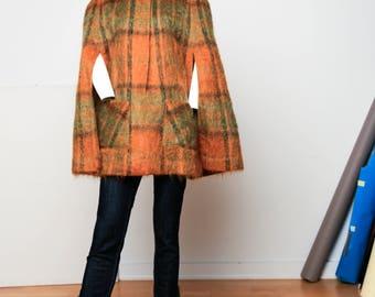 Plaid Wool Cape | Plaid Mohair Cape Vintage Wool Cape | 1970's Cape | Green Wool Cape with Pockets | Vintage Plaid Cape | Made in Scotland|