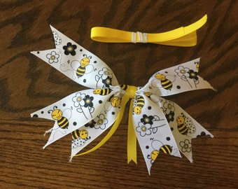 Bee ribbon spiked bow