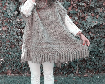 SUPER CHUNKY Pure wool cowl neck sleevless PONCHO