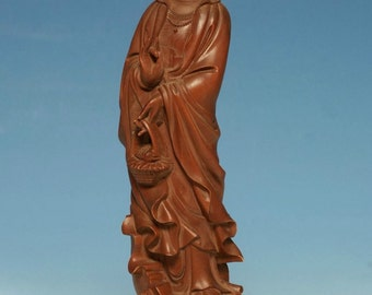 Very Beautiful Unique Chinese Hand Carved Wood Kwan-Yin