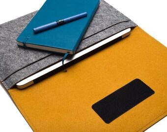 Macbook AIR Case Sleeve Cover. Customized laptop Organizer Case - Gray & Mustard - Weird.Old.Snail