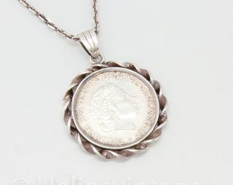 Vintage silver coin necklace with Dutch 'gulden' from 1965.  Guilder, Queen Juliana, Handmade, Heritage, Statement piece, unique jewelry,