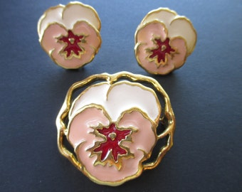 Avon Pansy flower brooch and earrings. Retro. Vintage.