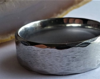Stainless steel Textured / Brushed Wedding ring band 8 mm wide size: 10