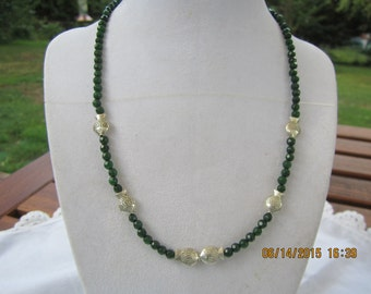 N430 - Kissing Fishes with Small Dark Green Agate Beads