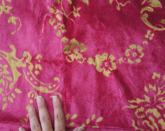 Beautiful, Designer's Guild, Fredensborg, Peony, Cerise And Gold Floral Pattern, Velvet, Medium Weight, Fabric, Material, Craft, Sewing, Mum