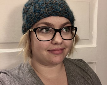 Messy Bun Beanie/ Pony Tail Hat/ Messy Bun Hat/ Crochet Beanie