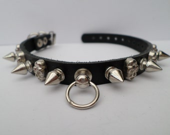 Chihuahua Spiked Dog Collar / Extra Small Spiked Dog Collar spikes and skulls