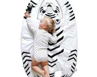 TIGER BLANKET & Play Mat / baby floor mat / Rug / Nursery Decor / Handprinted