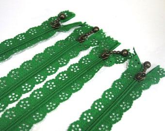 3pc zipper 30cm / 12inch green lace closed end (Z44)