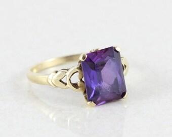 10k Yellow Gold Purple Amethyst Ring Size 6 1/2