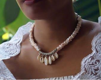 Boho Shell Necklace, Beach Wedding Necklace, Shell Collar