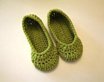 Leaf Green crochet women's slippers - Fall Gift
