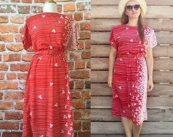 Vintage 50's Style Day Dress With Original Belt Floral Design Size Medium Shirt Waist 1950's