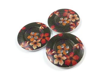 1.5 inch buttons - Autumn flowers wooden sewing buttons - set of 3