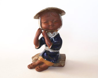 Vintage 1950s/1960s Japanese/Asian Woman with Straw Hat Terra Cotta Figurine