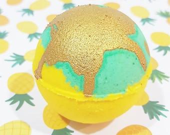 Pineapple Colada Bath Bomb ~ Sweet, Glitter, Moisturizing, Green, Yellow, Gold, Bath Fizzy, Gift, Mothers Day