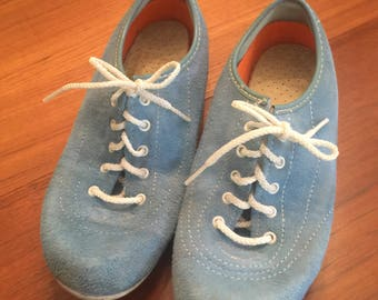 Vintage Ladies Bowling Shoes - Size 5