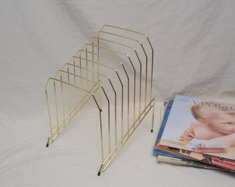 Vintage wire record stand, holds up to 24 albums