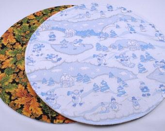 BlueTable Runner, Snowman Table Runner, Round Table Runner, Reversible, Autumn / Winter, 20 in. dia.