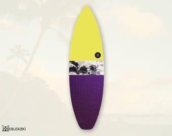 Canary On Marble   Surfboard Sock   Tropics