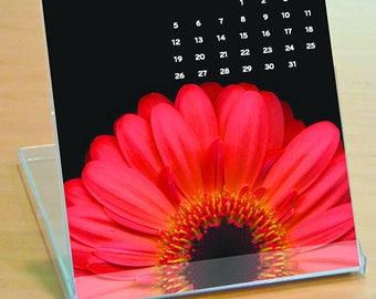 2018 Flower Calendar Dramatic Flowers Easel Desk Calendar - Colorful Fine Art Nature Photography