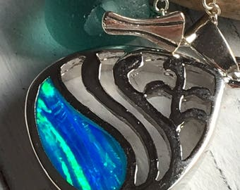 Seyshelles Sea Glass Necklace with Fire Opal, Sterling Silver Wave Pendant with Authentic Tumbled Sea Glass in Turquoise Green