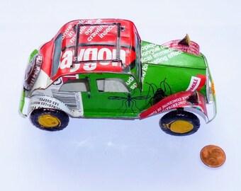 Metal recycled Madagascar car