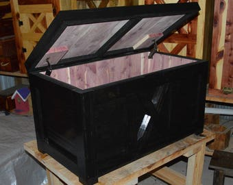 Hope Chest, Cedar Chest, Blanket Chest/INCLUDES TRAY