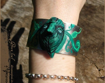 Green leaf- handsculpted faerie woodland cuff nature - Handmade jewelry sculpt