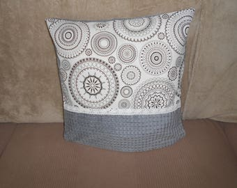 Cushion cover 41 x 41 cm and design to beautify your home