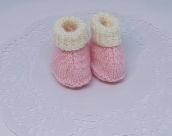 Premmie baby booties-Pink baby booties-Little baby booties for premmies-Knitted baby booties