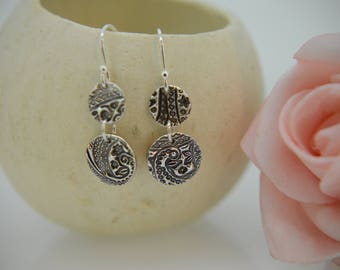 Silver Earrings, Silver dangle Earrings, Silver round disc Earrings, Circular drop Earrings, Boho Earrings, Stylish Stud Earrings  (UK)