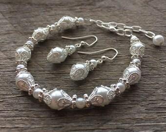Art Deco Jewelry, Pearl Art Deco Earrings, Art Deco Bracelet, Filigree Bracelet, Elegant Wedding Jewelry on Silver or Gold Chain and Hooks
