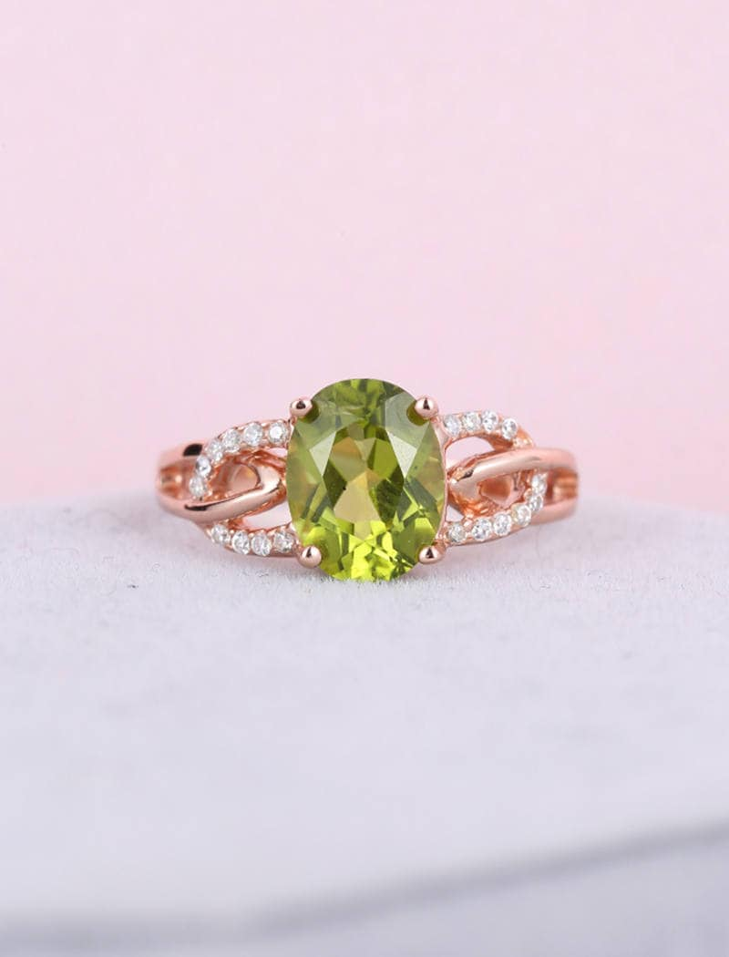 Rose gold engagement ring Vintage engagement ring Oval Peridot