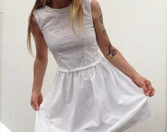 Eyelet lace dress   Vintage   1950s   French   Transparent   White cotton   Romantic   Summer dress