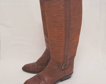 Vintage 1990s Italian Tan Brown Embossed Crocodile Skin Leather Knee High Riding Boots Size 6.5
