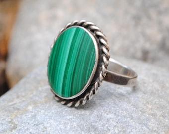 Malachite ring - Vintage ring - Boho ring - Malachite jewelry - vintage jewelry