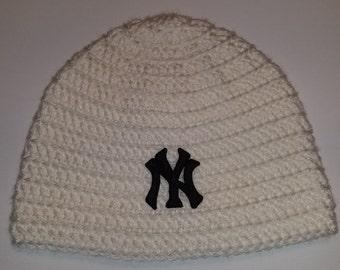 New York Yankees Baseball Beanie **black Yankees patch**