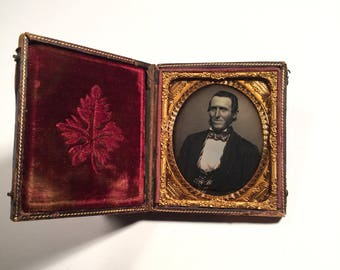 Handsome Daguerreotype of a Smiling Gent, 19th Century Antique Photo in Full Case