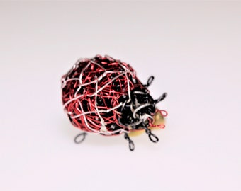 Ladybug gift women, small brooch, blouse, cute pin, wire, statement, nature, red black, modern hippie, insect jewelry, Summer birthday gift