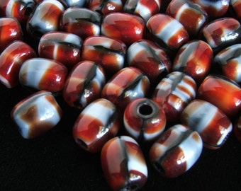 Cranberry Swirl Glass Blend-60 piece bead set